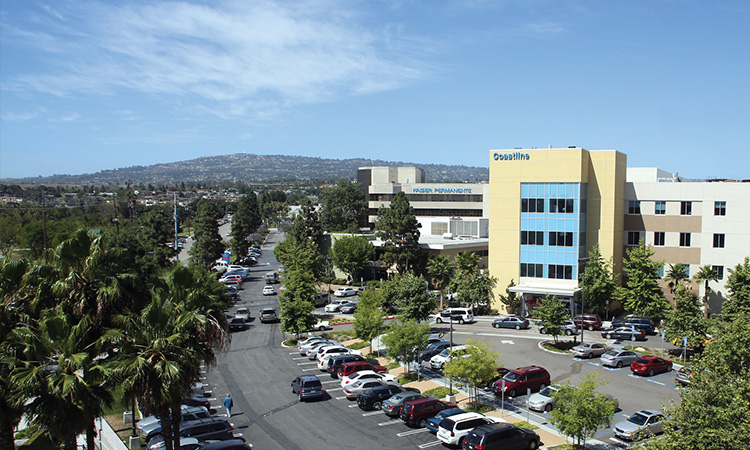 External View of South Bay Medical Center