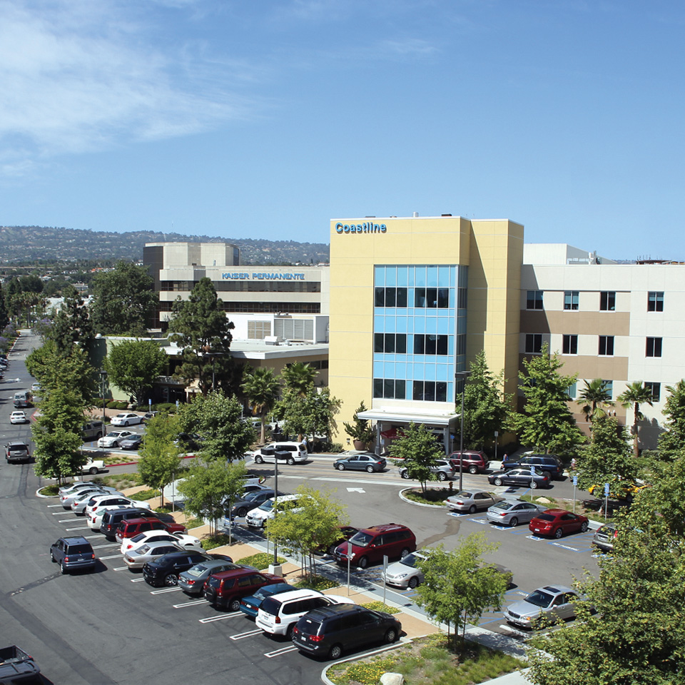 External View of South Bay Medical Center.